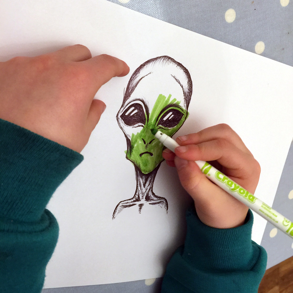 alien sketch colour in